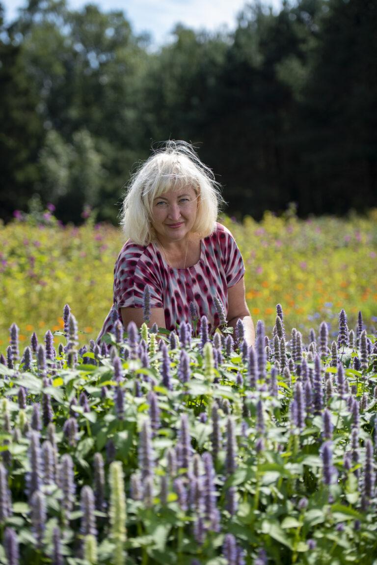 1. mai 2021 Tamme talu aiahooaja avamine + ürtide kasvatamise töötuba Facebook Live's